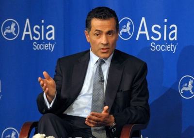 Foreign policy analyst Vali Nasr speaking at Asia Society New York on June 17, 2013. (Elsa Ruiz/Asia Society)