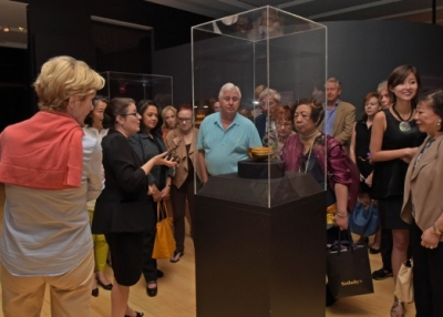 Asia Society members get an early glimpse of 'Philippine Gold.' (Elsa Ruiz/Asia Society)