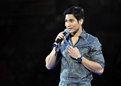 Piolo Pascual Performs at Heartthrobs concert in Hong Kong on September 6, 2009. (Baba Gozum/Flickr)