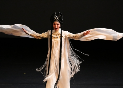 "Opera singer Qian Yi during a preview of the contemporary opera ""Paradise Interrupted"" (Ellen Wallop/Asia Society)"