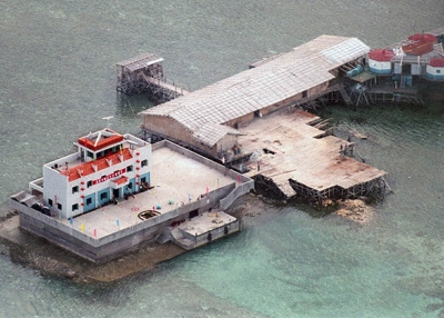 A Chinese base built in 1995 stands in Mischief Reef of the disputed Spratly Islands in the South China Sea. (Romeo Gacad/AFP/Getty Images)