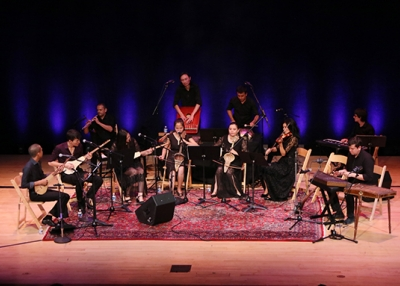 The ensemble takes the stage in front of a sold out crowd in New York. (Ellen Wallop/Asia Society)