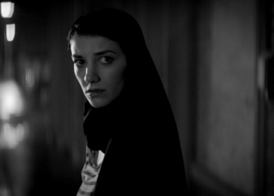 A Girl Walks Home Alone at Night. Still. 2014. USA. Dir. by Ana Lily Amirpour