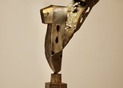 'Tap,' 2020, Bronze with patina, Courtesy of the artist