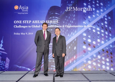 Nicolas Alejandro Aguzin (L), Chairman and CEO of Asia Pacific, J.P. Morgan, and Ronnie C. Chan, Co-Chair, Asia Society and Chairman, Hang Lung Properties in the symposium on May 9, 2014. (Asia Society Hong Kong Center)