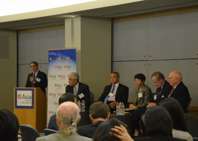 ASSC Executive Director Jonathan Karp (left) and panelists (from left to right): David Loevinger, Dong Li, Susan Shirk, Nicholas Lardy and Jack Wadsworth.
