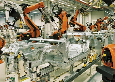 Manufacturing robots. BMW Werk Leipzig/Wikimedia Commons