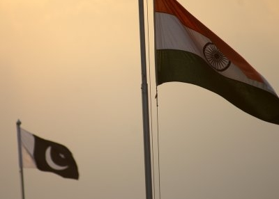 The Indian and Pakistani flags