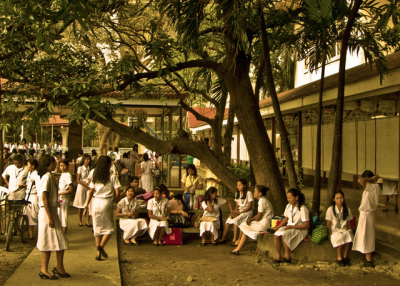 Students in the Philippines. (Ernesto Guillermo/Flickr)