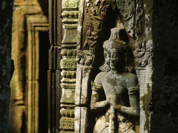Attention to detail is a signature of the historic architecture of Angkor, Cambodia on October 29, 2013. (Ricardo Sosa/Flickr)