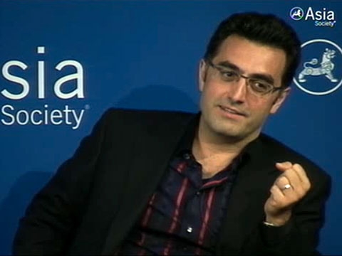 Iranian-Canadian journalist Maziar Bahari, detained by Iranian authorities for 118 days in 2009, at Asia Society New York on June 7, 2011.