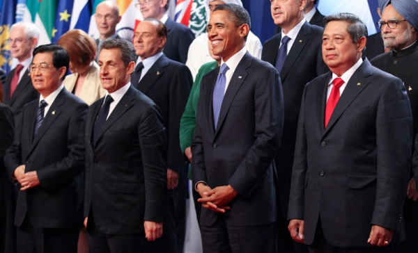 (L to R) Chinese President Hu Jintao, French President Nicolas Sarkozy, U.S. President Barack Obama and Indonesia's President Susilo Bambang Yudhoyono stand together for a photograph at the Group of 20 (G20) Cannes Summit at the Palais des Festivals November 3, 2011 in Cannes, France. (Chris Ratcliffe-Pool/Getty Images)