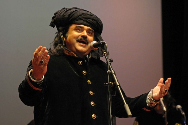 Arif Lohar performing at Asia Society in New York in April. (Elsa Ruiz/Asia Society)