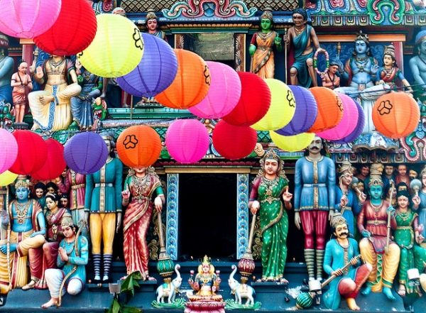 The Sri Mariamman shrine in Singapore's Chinatown festooned with colored balloons on September 10, 2012. (Andy*Enero/Flickr)