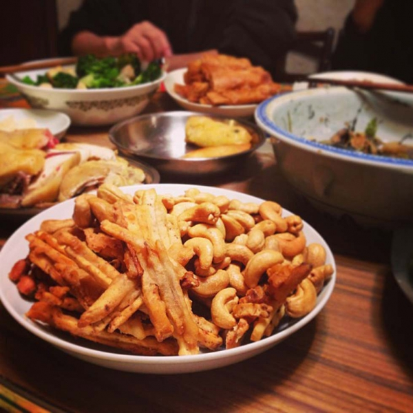 "3. ""Homemade fried taro chips in the foreground."" (wwtang)"