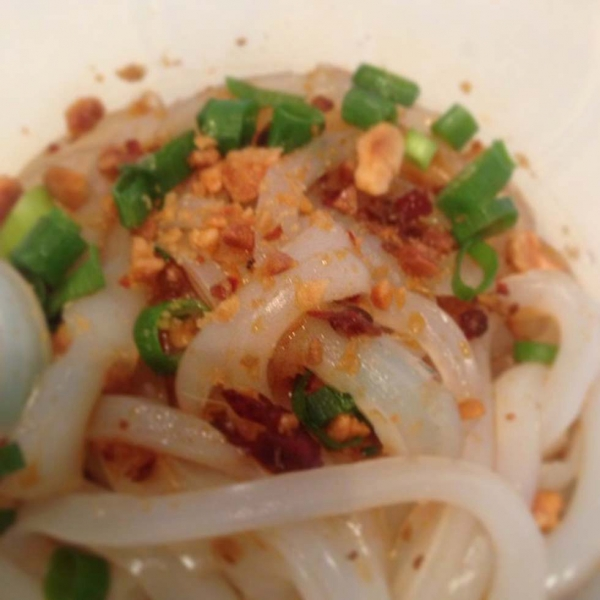 "11. ""My take away from Sydney Chinese New Year market — Sichuan cold bean noodles in chili sauce."" (heidihan_au)"