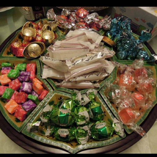 "17. ""Candy bowl filled and ready to receive all the relatives coming over tomorrow morning."" (kristiehang)"