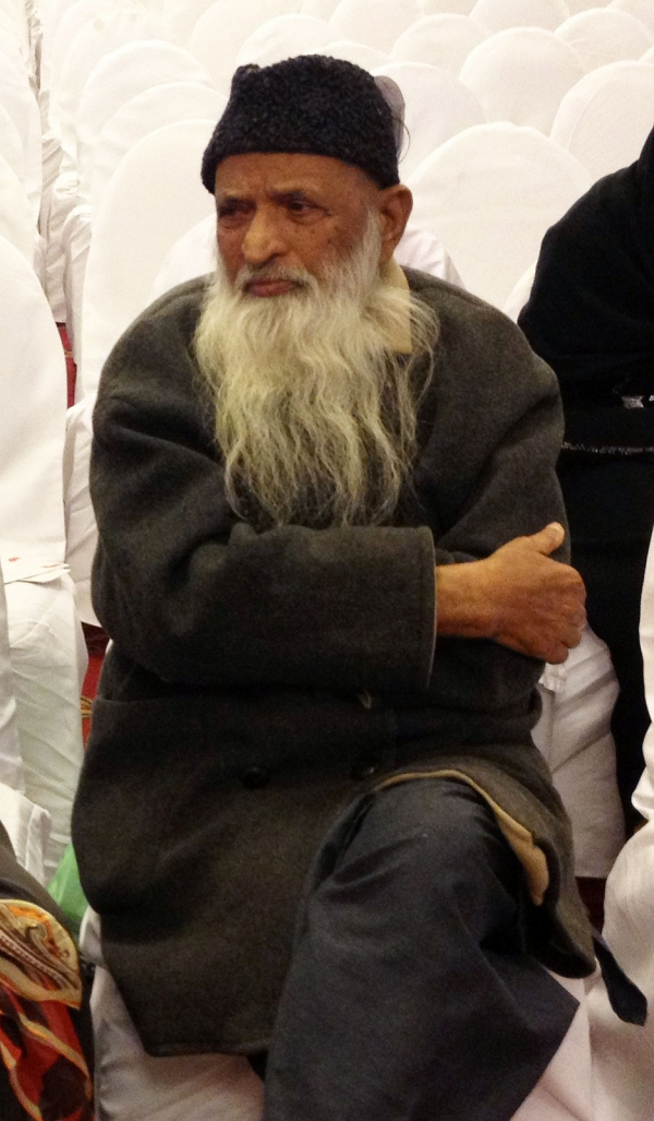 Pakistani philanthropist Abdul Sattar Edhi at the 2013 Karachi Literature Festival, where a new book about his life and career was launched. (Annie Ali Khan)