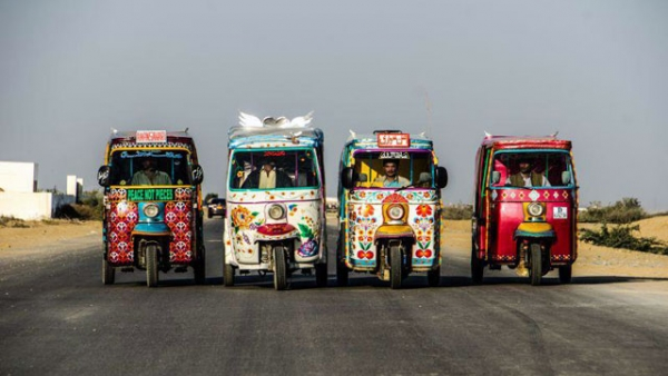 "The first batch of ""Peace Rickshaws"" sponsored by Pakistan Youth Alliance, ready to hit the road in Karachi. (Pakistan Youth Alliance)"