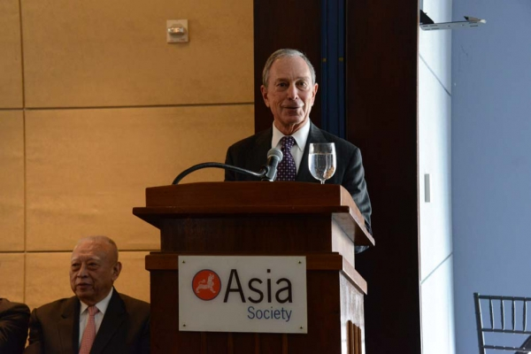 New York City Mayor Michael Bloomberg offered welcoming remarks to the crowd at a private luncheon following the event at Asia Society New York on May 21, 2013. (Kenji Takigami)