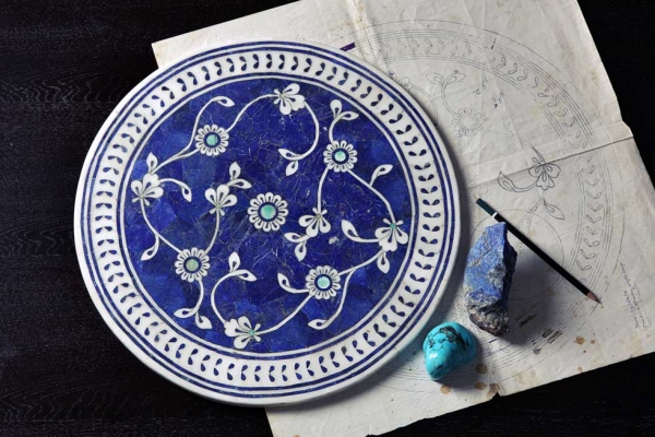 Iznik filigree tabletop. (Omer Gilani @ Happa Studio)