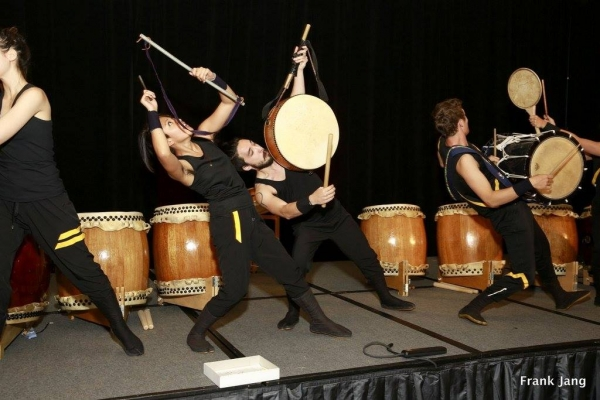 Jiten Daiko opened the dinner with a special performance (Frank Jang Asia Society)