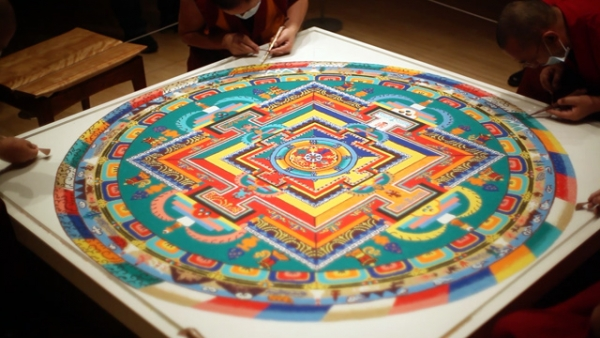 The sand mandala constructed by Tibetan Buddhist monks at Asia Society Museum over five days in February 2014. (Tahiat Mahboob/Asia Society)