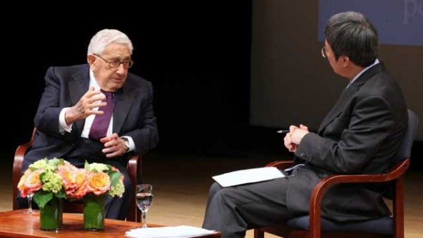 Dr. Henry A. Kissinger in conversation with Zhu Min, IMF Deputy Managing Director at the Asia Society Policy Institute's launch event on April 8, 2014. (Ellen Wallop/Asia Society)