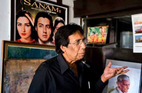 Lollywood poster artist Sarfraz Iqbal in his Lahore studio in September 2014. (Saad Sarfraz Sheikh)