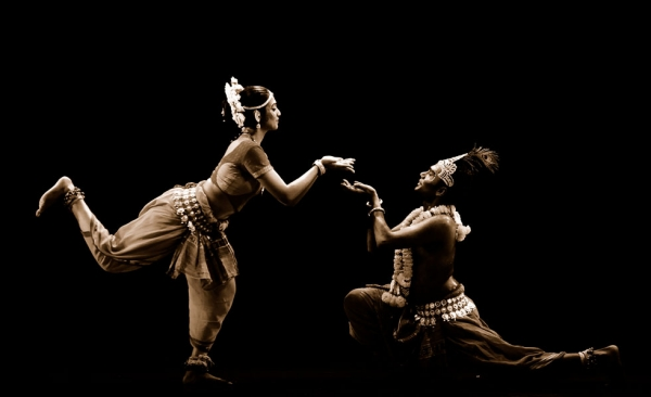 "Framing the Hindu god Krishna as the ultimate embodiment of love, and focusing on Radha's all-consuming love for him, choreographer and Artistic Director Ramli Ibrahim describes this piece as a ""dance that is a celebration and liberation of the body, mind, and soul.""(Sutra Dance Theater)"