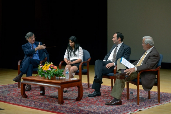 L to R: Steven Greenhouse of the New York Times, Wall Street Journal reporter Preetika Rana, Jason Szep of Reuters, and New Yorker columnist Ken Auletta at Asia Society New York on June 18, 2014. (Elsa Ruiz/Asia Society)