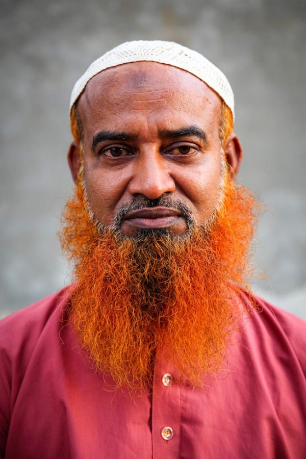 Hajrat Ali matching his outfit to his beard. (GMB Akash)