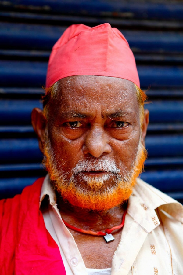 Some men who return from Hajj, the Islamic pilgrimage, also dye their facial hair with henna. (GMB Akash)