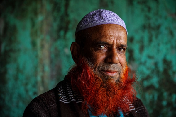 Bangladeshi man with a henna-dyed beard. (GMB Akash)