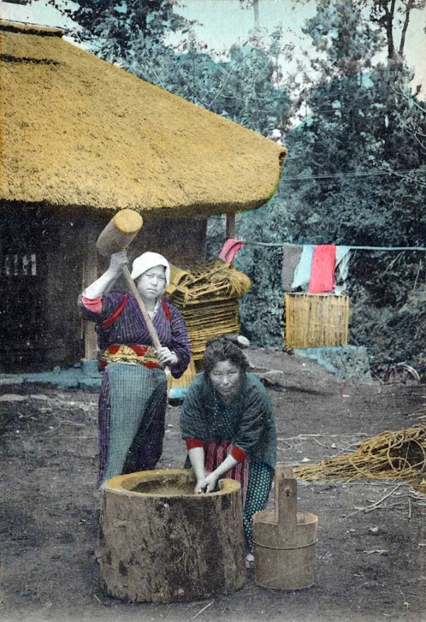 """Pounding rice for rice cake."" 1900-1909. (New York Public Library)"