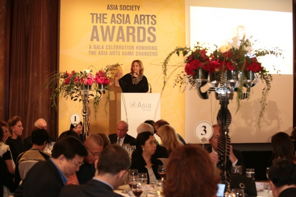 Josette Sheeran, President and CEO of Asia Society, welcomes guests to the 2016 Asia Arts Awards.