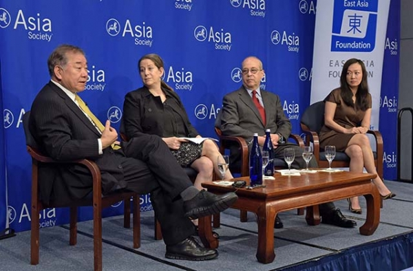 (L to R) Chung-in Moon, Barbara Demick, Daniel Russell, and Sue Mi Terry speak at Asia Society in New York on June 19, 2017. (Elsa Ruiz/Asia Society)