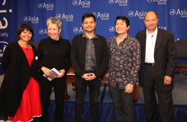 Gina Apostol, Jessica Hagedon, Alfin Sa'at, Jeremy Tiang, and Harold Augenbraum participate in a discussion following a reading. (Ellen Wallop/Asia Society)
