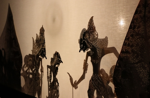 Asia Society New York hosts a special one-hour Javanese 'Wayang Kulit' shadow-puppet theater performance on May 15, 2016. (Asia Society/Ellen Wallop)