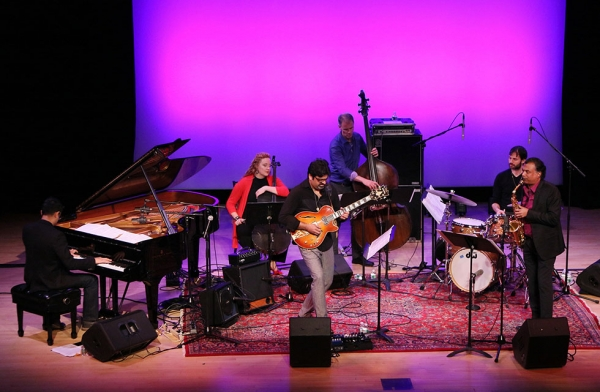 The full 'Invocation' jazz ensemble during their performance at Asia Society New York on December 16, 2016. (Ellen Wallop/Asia Society)