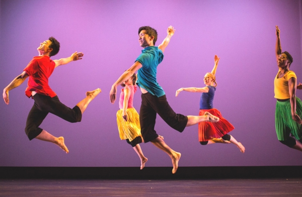 Dancers perform during the regional premier of H.T. Chen & Dancer's 'South of Gold Mountain,' at Asia Society Texas on May 31, 2016. The piece that pays tribute to Chinese immigrants who settled in the deep south. (Asia Society/Lynn Lane Photography)
