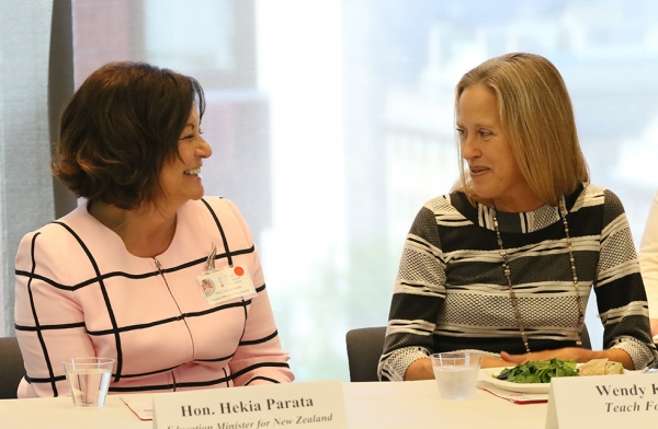 Minister of Education of New Zealand and CGE Advisor Hekia Parata chats with Wendy Kopp, founder and CEO of Teach For All, at a luncheon as part of the launch of the Center for Global Education at Asia Society New York on September 22, 2016. (Asia Society/Ellen Wallop)