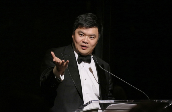 "Loh Lik Peng, chairman of the Asian Civilisations Museum in Singapore, gives a short speech during the dinner in celebration of the exhibition ""Secrets of the Sea: A Tang Shipwreck and Early Trade in Asia"" in New York on March 6, 2017. (Ellen Wallop/Asia Society)"