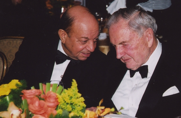 Hushang Ansary and David Rockefeller at an Asia Society annual dinner in New York. (Elsa Ruiz/Asia Society)