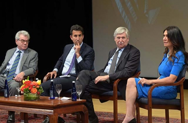 (L to R) Gary Samore, Karim Sadjadpour, John Limbert, and Nazee Moinian speak at Asia Society in New York on June 9, 2017. (Elsa Ruiz/Asia Society)