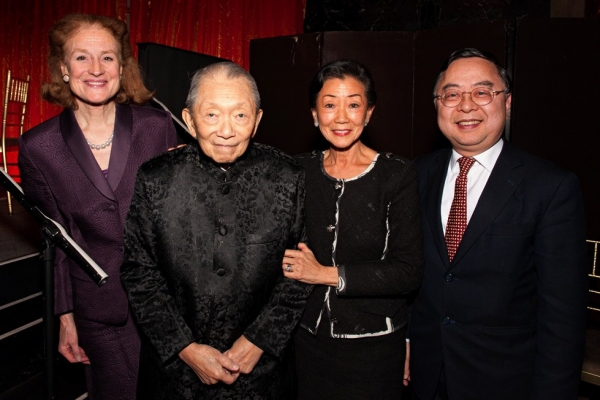 Asia Society Board Co Chair Henrietta H. Fore, Trustee and now Vice Chair Lulu C. Wang, and Co Chair Ronnie C. Chan present a lifetime achievement award to Washington SyCip at Asia Society's 2012 Annual Dinner at Cipriani 42nd Street in New York. (Bennet Cobliner)