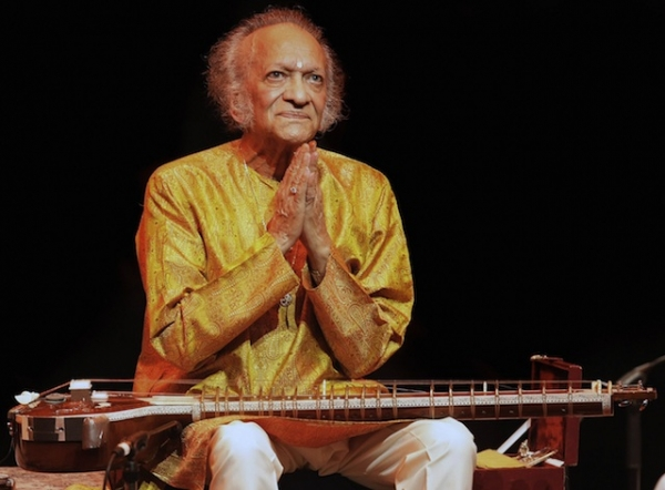 Indian musician Ravi Shankar salutes the audience as he performs on June 4, 2008 during a concert at London's Barbican centre. (Shaun Curry/AFP/Getty Images)