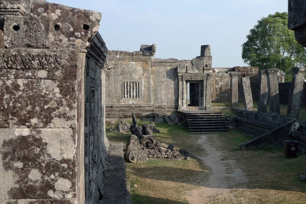 The Preah Vihear temple in Cambodia (shown here in 2010) is the site of a long-running territorial dispute between Cambodia and Thailand. (theonlymikey/Flickr)