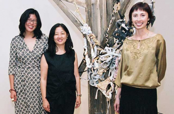 "L to R: Susette Min, Karin Higa, and Asia Society Museum Director Karin Higa, co-curators of the Asia Society Museum exhibtion ""One Way or Another: Asian American Art Now"" at Asia Society Museum in Sept. 2006."