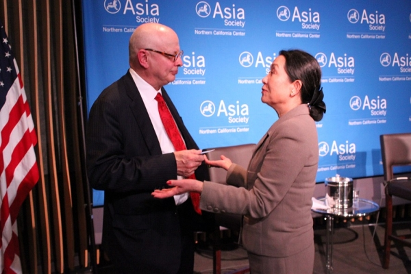 Wilcox speaks with Nobuko Saito Cleary of JSNC after the event. (Asia Society)